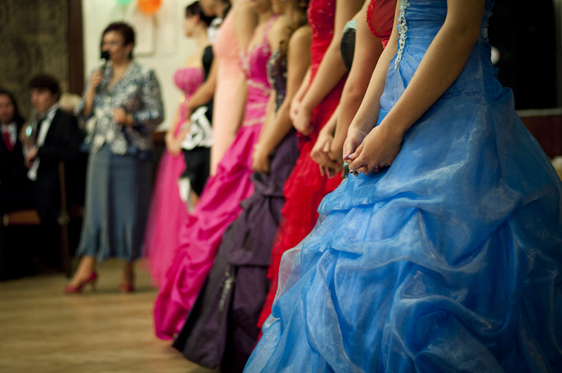 girls-in-dresses_where-to-donate-clothes