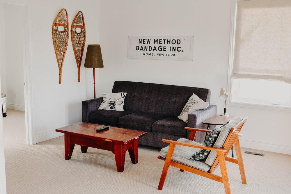 modern-room_home-seller-checklist.jpg