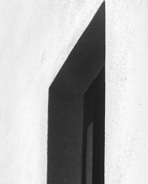 #secretwindow #blackandwhite #bw #wall #artish #koper #capodistria #slovenia #slovenija #samsung #galaxys8plus #s8plus #s8 #s8+