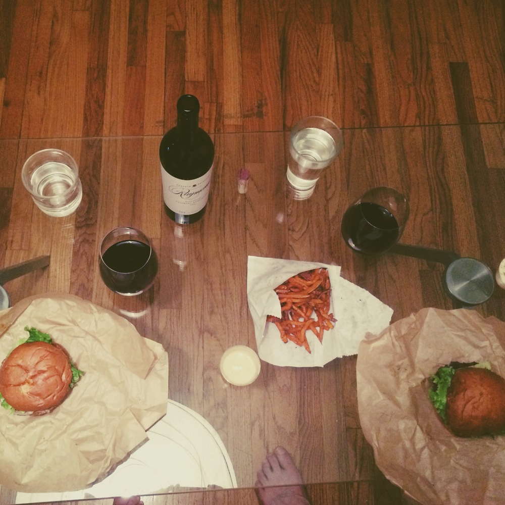 best v-day dinner ever #athome #redwine #ponoburger #sadweonlygotonesweetpotatofries #hellosweethusbandfoot