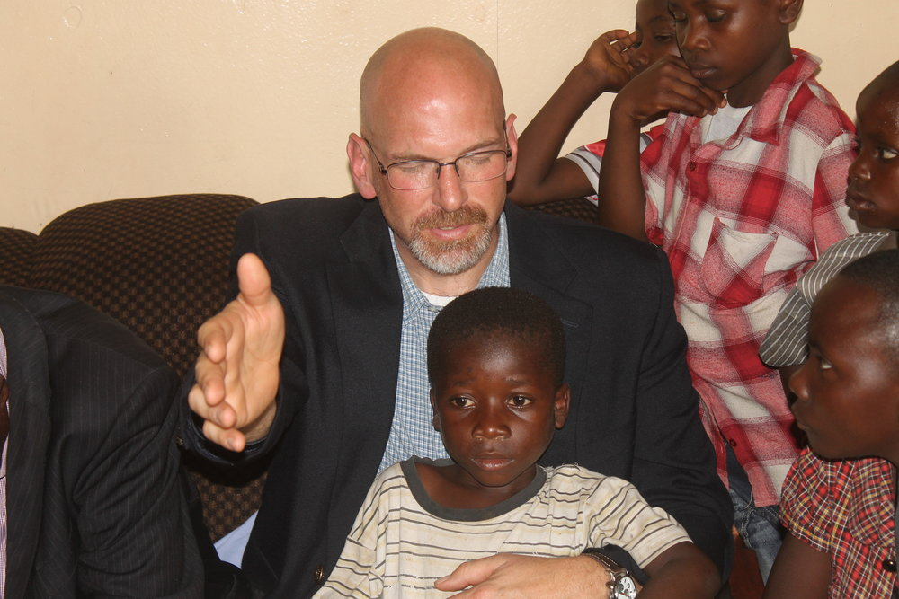 Duane with Congo child.JPG