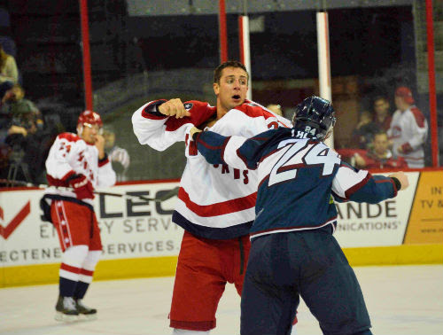 Klotz (left) helped the Allen Americans win the 2013-14 CHL title. Photo Courtesy of the Allen Americans.