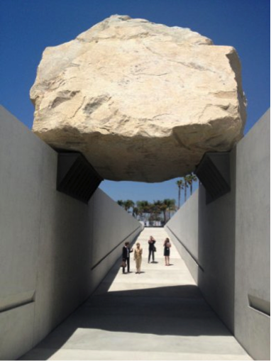 Michael Heizer, Levitated Mass