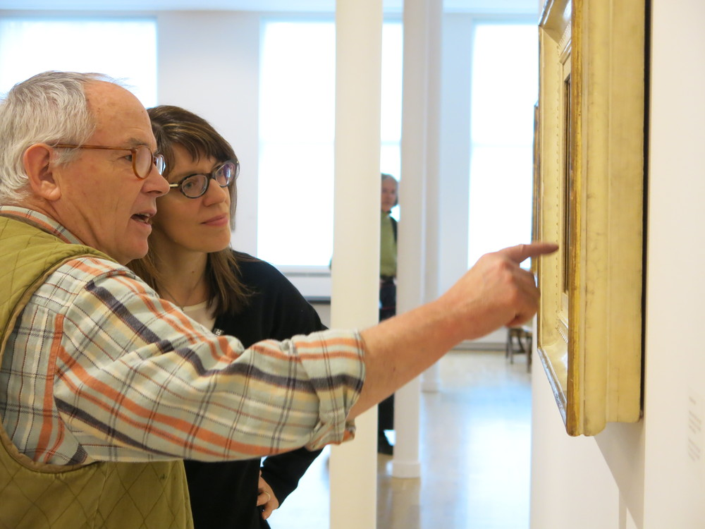 Artist and IDSVA Honorary PhD recipient Power Boothe commenting on a Morandi painting with IDSVA Director, Simonetta Moro. Photo by Gabriel Reed