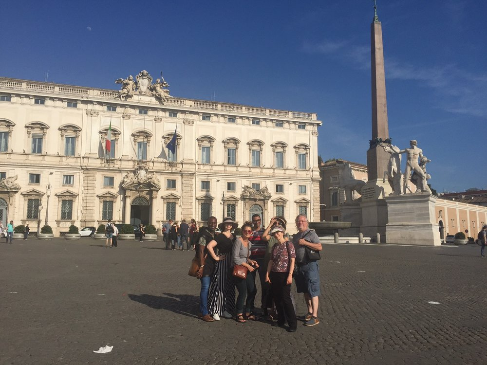 Students in front of the Quirinale Palace, Rome. May 2018. Photo by: Simonetta Moro