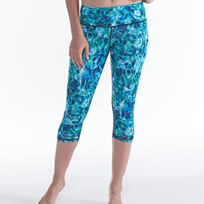 GAIAM LIMITED EDITION PRINTED CAPRI (Ripple) The recycled poly is made from plastic rescued from landfills.