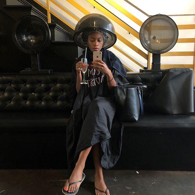 My annual salon pic lol 💁🏽♀️💇🏽♀️ #selfcaresundays #blackgirlmagic #naturalhair #hairtothere #draping #longhairdontcare #RVMSalon