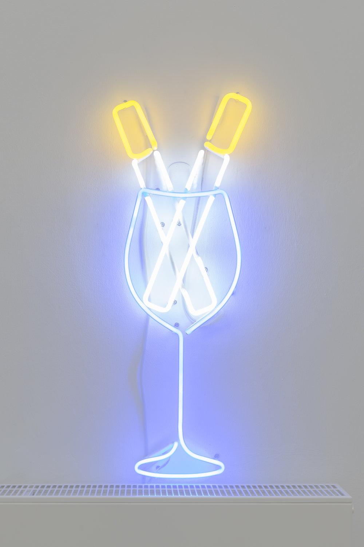 ART N MORE (Paul Bowler & Georg Weißbach), Auf die toten Künstler II, 2016, neon sign, 46 x 32 cm