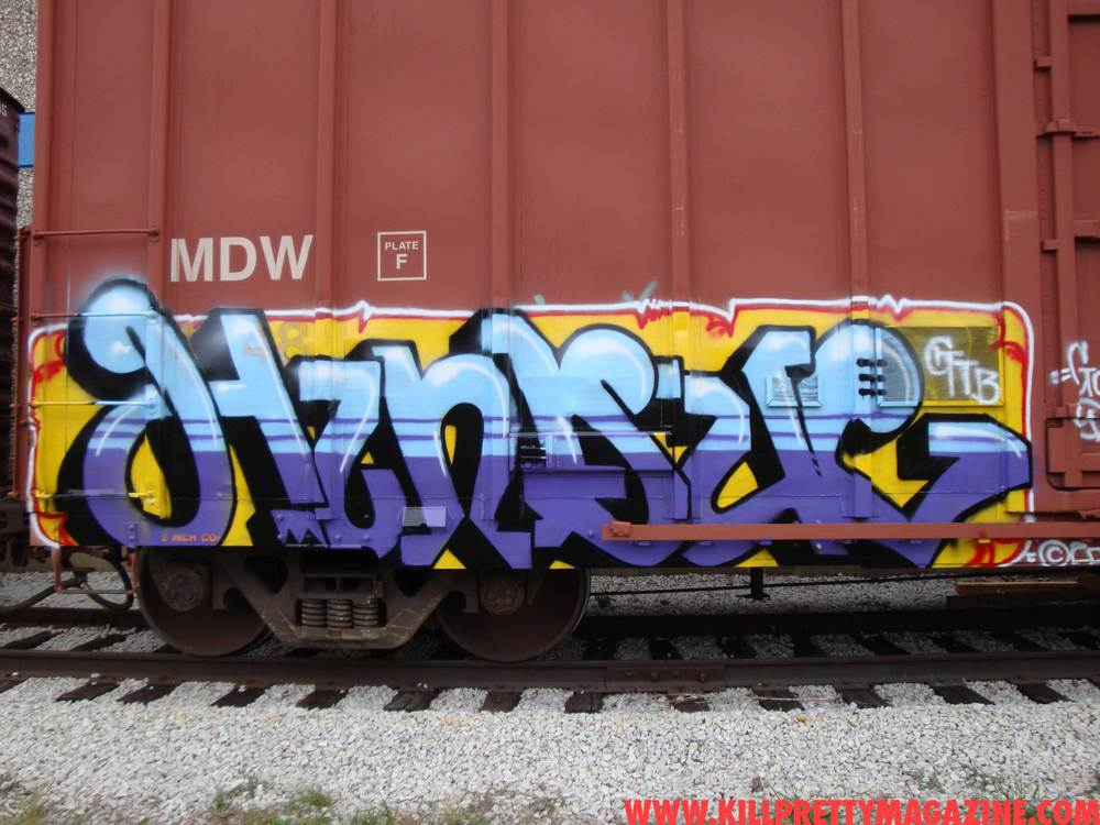 hindue-gtb-kill-pretty-graffiti-magazine-freight-photo0028.jpg
