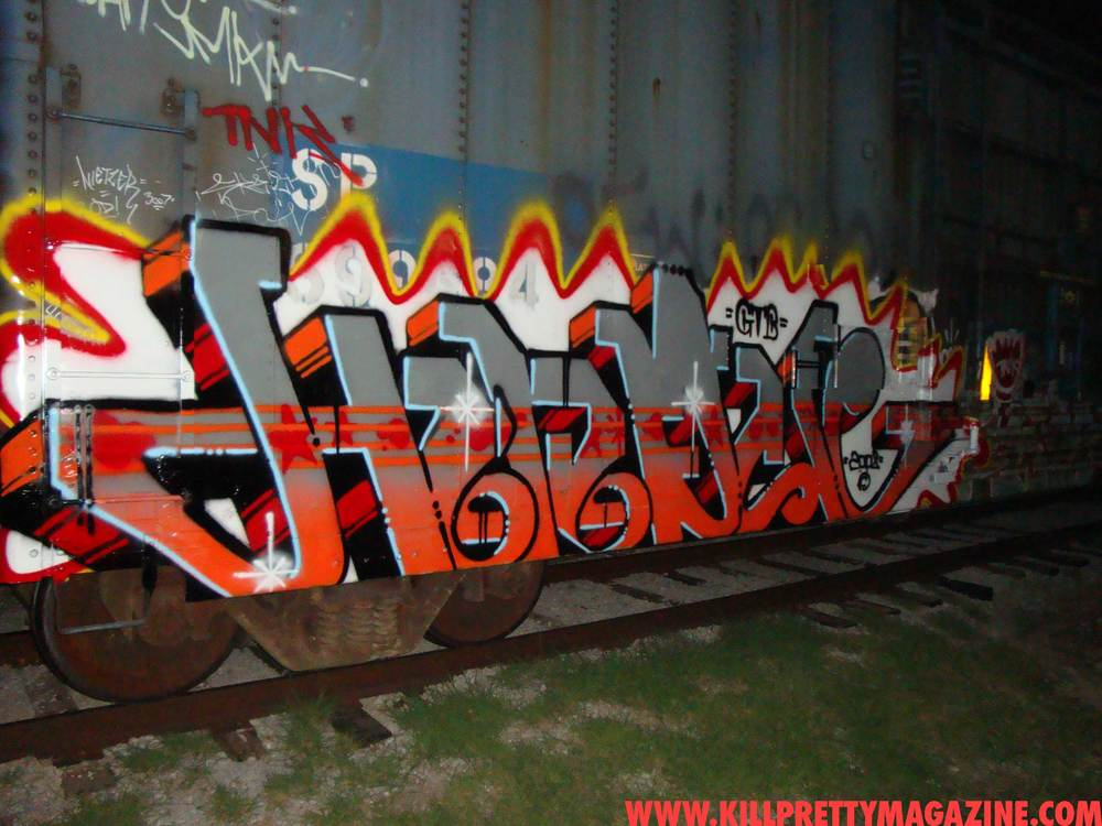 hindue-gtb-kill-pretty-graffiti-magazine-freight-photo0029.jpg