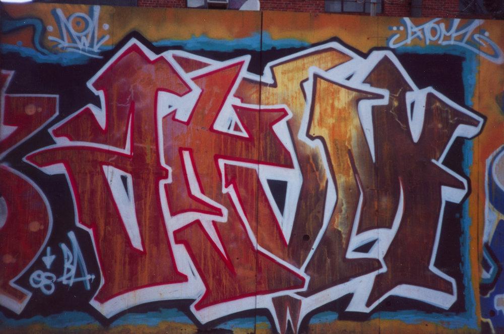 atom metal wall 98.jpg