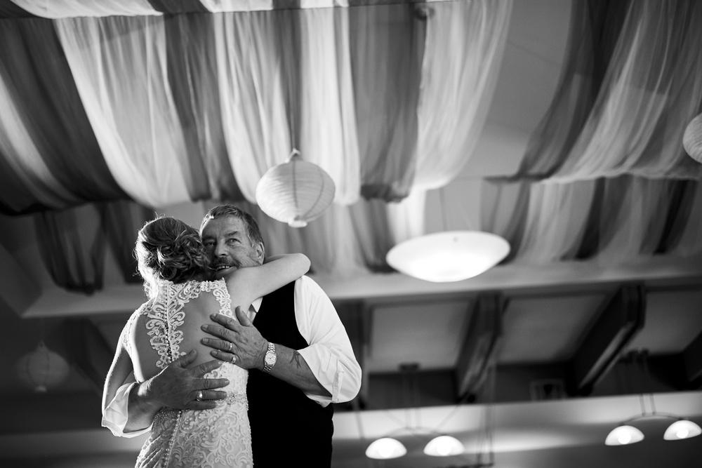 Jen & Jamie's Wedding 594.jpg