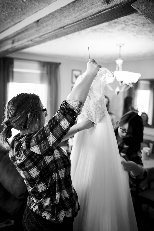 Amanda & Ben's Wedding 011.jpg