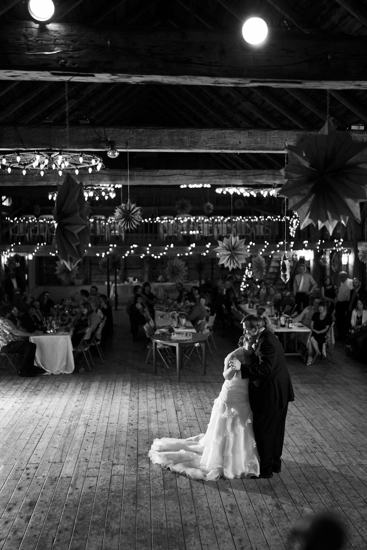 Roxanne & Derek Wedding 760.jpg