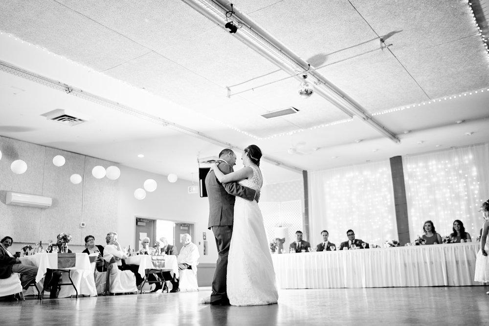 Anne & Brad's Wedding 589.jpg