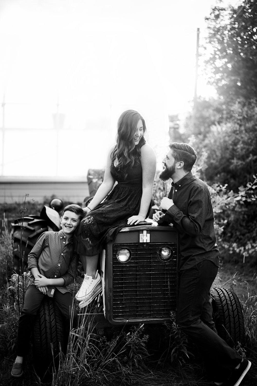 Amanda & Chris Engagement 002.jpg