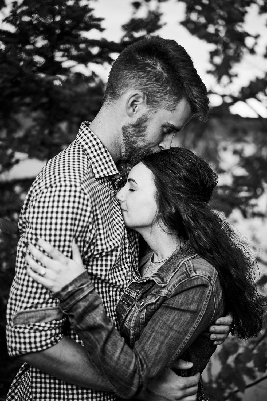 Mélanie & Ben's Engagement 044.jpg