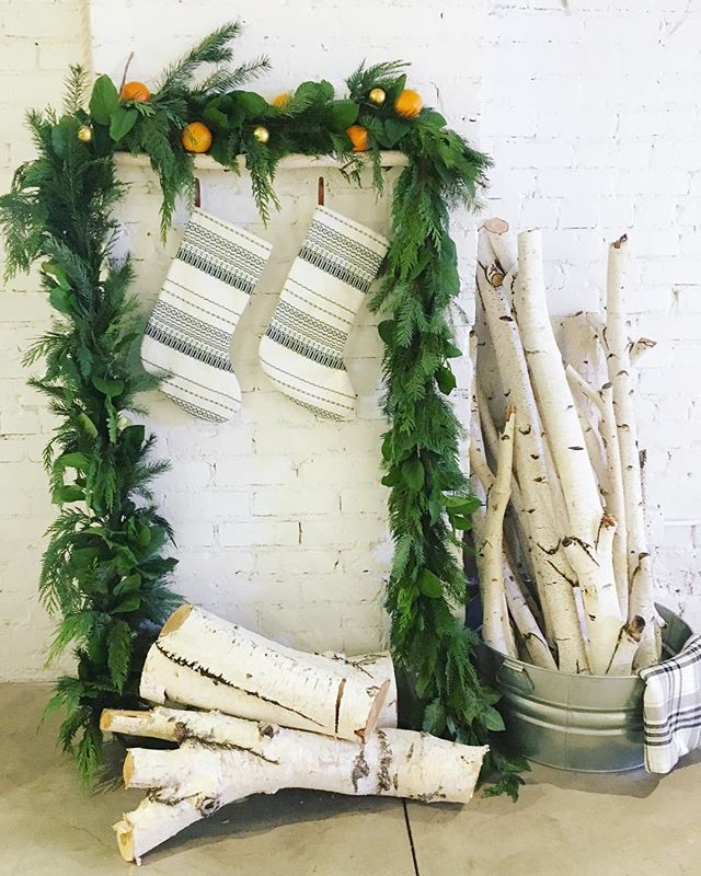 Hello holidays. . . . #holidayseason #festivus #garland #happyholidays #holidayparty #openhouse #birch #feelingfestive #laflorist #imaflorist