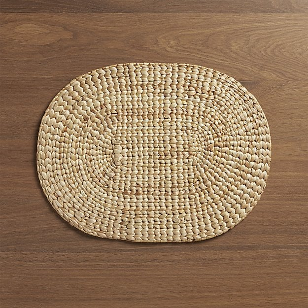 water-hyacinth-oval-placemat.jpg