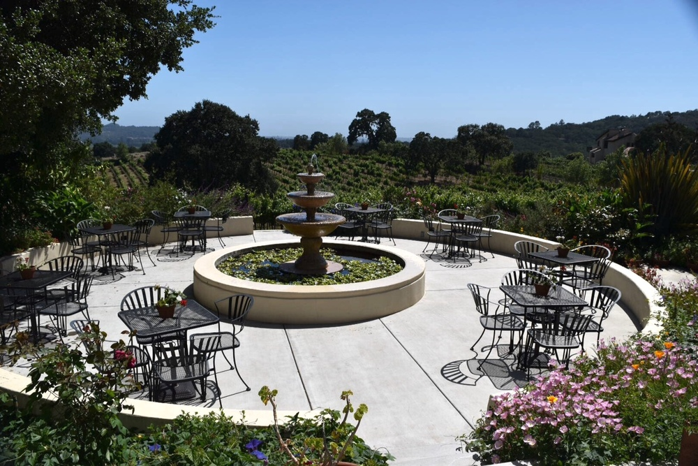 ROQUE_Events_Knoll_Top_Vineyards_2.jpg