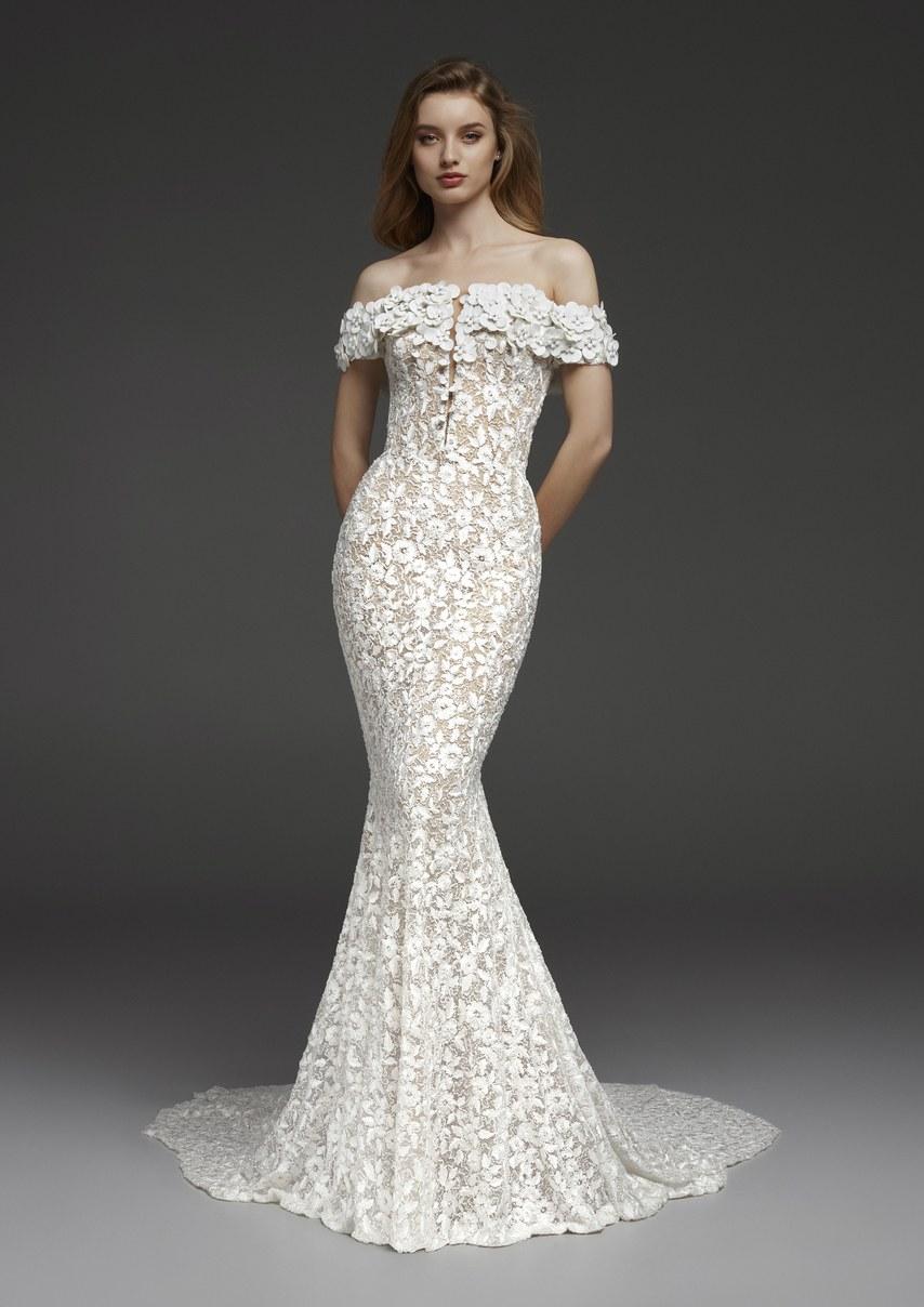 pronovias-wedding-dresses-fall-2019-010.jpg