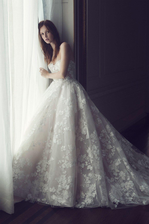 00009-monique-lhuilier-fall-2019-bridal.jpg