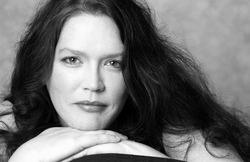 Margaret Tyler, Contralto