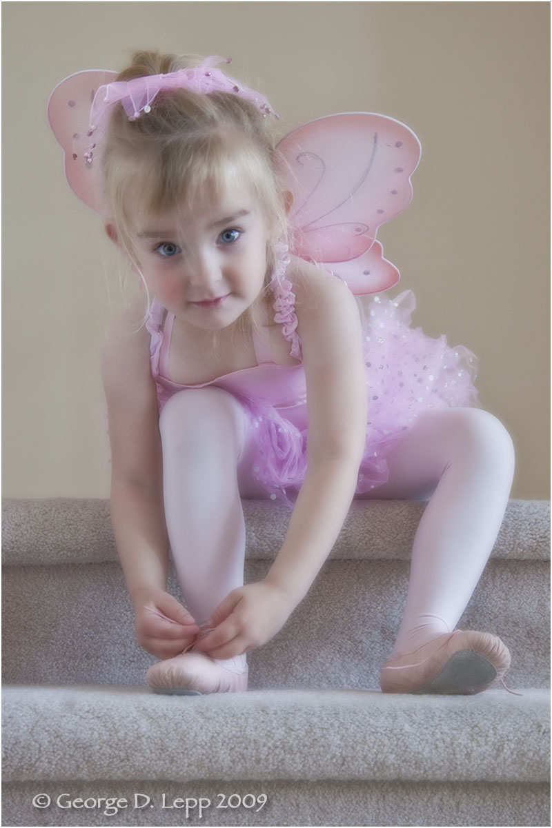 Jolie getting ready for Ballet, 2009. UP-RF-JO-1001
