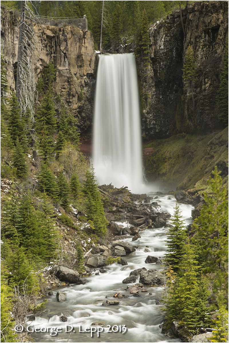 Tumalo Falls, near Bend, OR. © George D. Lepp 2013  LO-WF-TU-4007