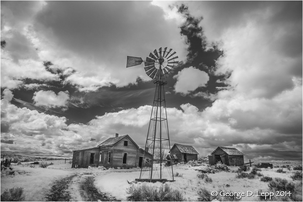 Abandoned farm in Eastern Oregon, infrared. © George D. Lepp 2014  LO-GG-0004