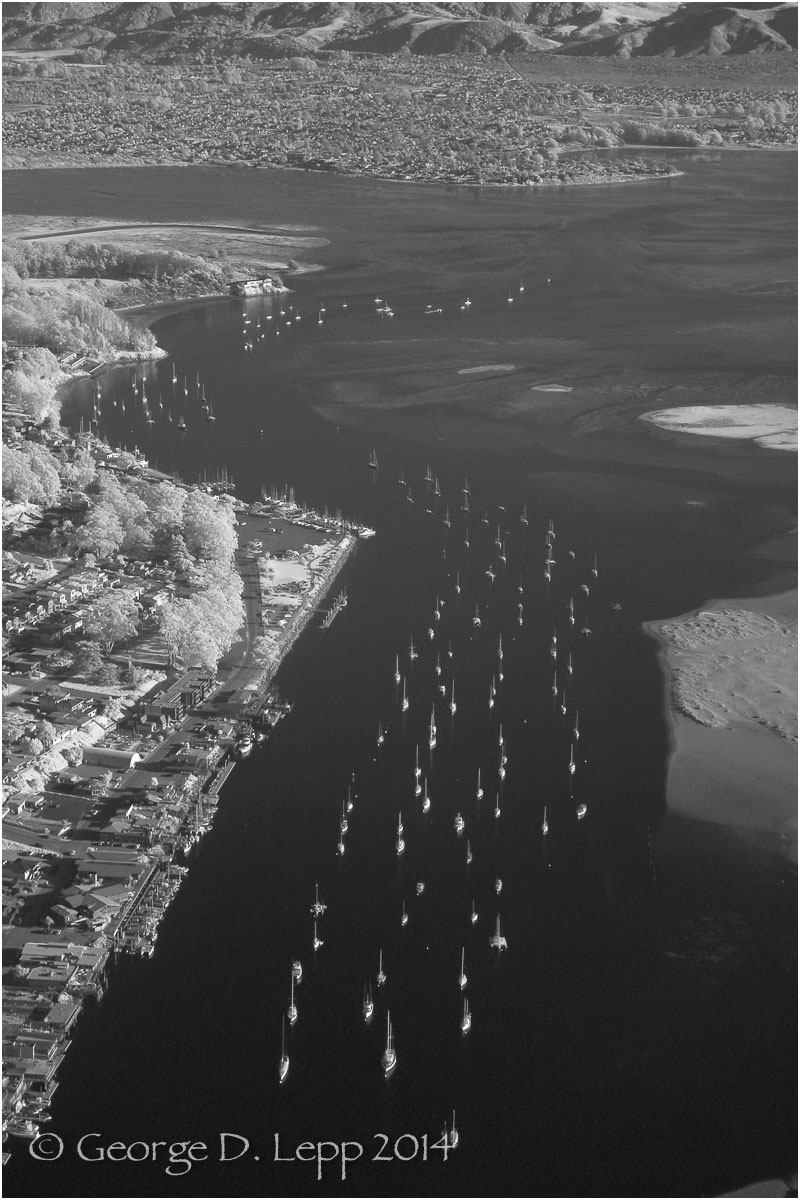 Moro Bay, CA. IR. © George D. Lepp 2014 LC-CC-MB-2002