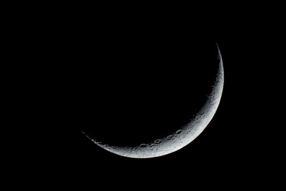 cresent-moon.jpg