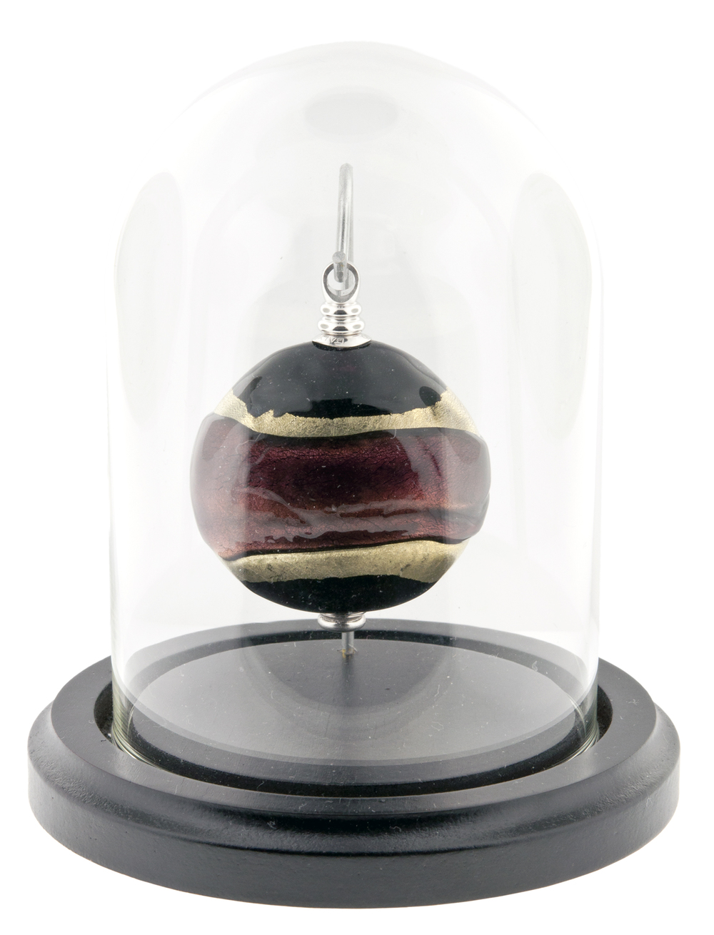 "Gilded Dreams Keepsake   Keepsake: 2"" W x 0.75"" D x 2.3"" H / 0.5 CI  Base and Glass Dome (included): 4"" Dia x 5"" H   $425"
