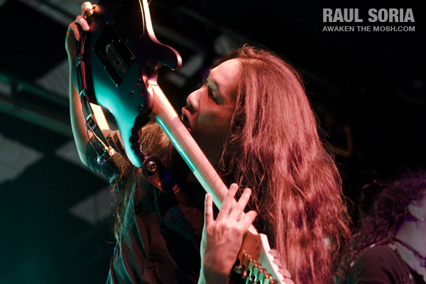 dragonforce_110108_web_10