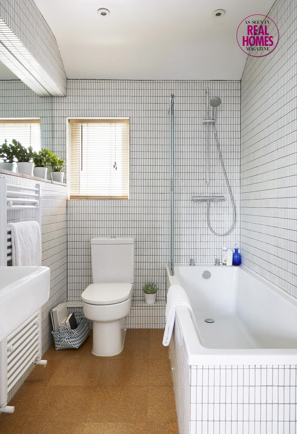 Open plan family bathroom.jpg