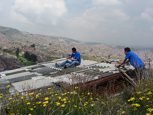 Installation on roof - Bogota.jpg