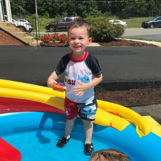 Enjoying the sunshine with friends 💦🐬☀️#birthdayparty #toddlerlife #mylittleman