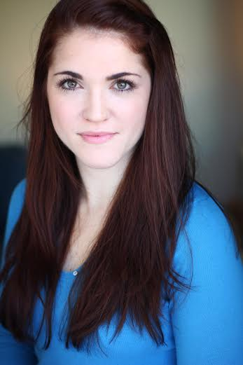 Julia DeLois Headshot.jpg
