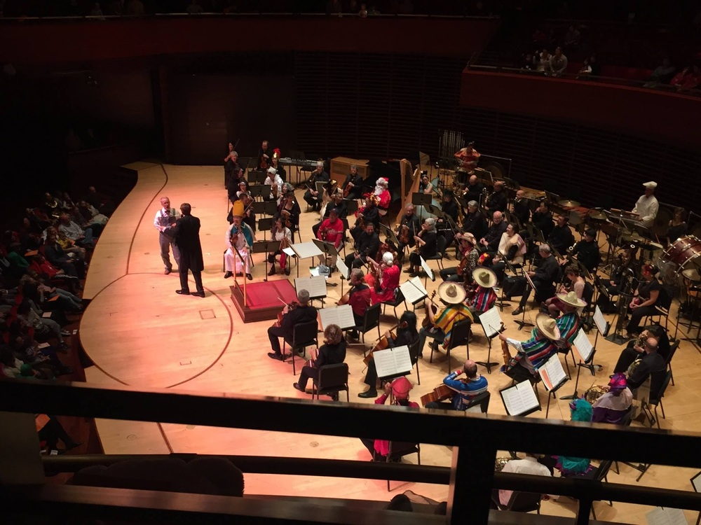 Philadelphia Orchestra (2015)   HALLOWEEN CONCERT   Michael Boudewyns,concert host Michael Butterman, coductor