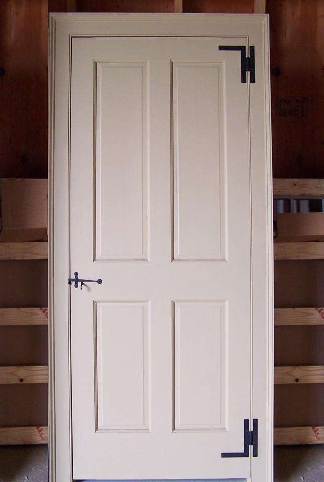 4-panel door with H&L hinges