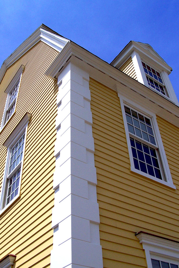 Choosing The Right Exterior Wood Trim Networx Molding And Trim Make An Impact Hgtv City Of