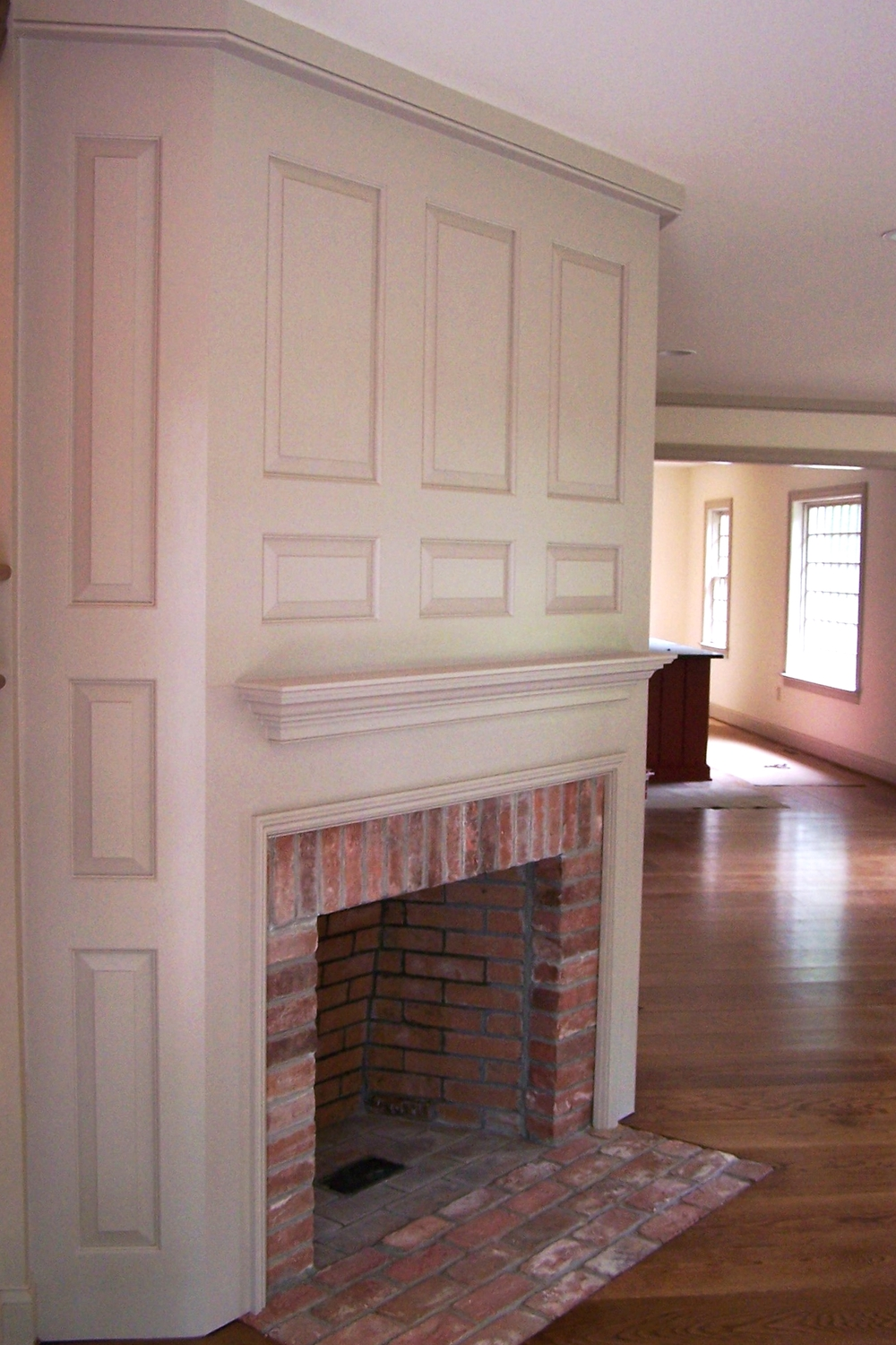 CCH Gambrel Fireplace