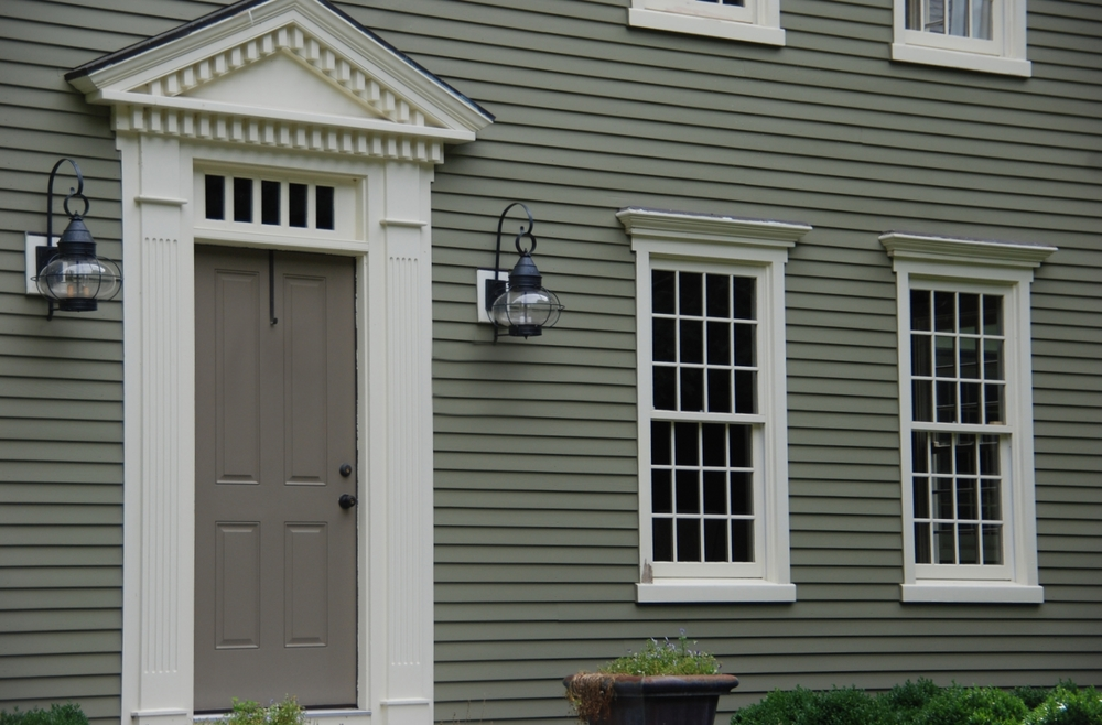 Exterior trim siding colonial exterior trim and siding for Colonial style trim