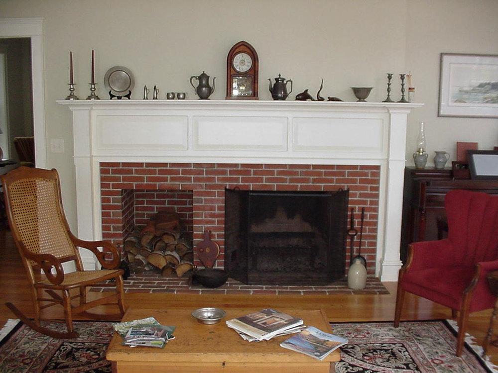 Federal-2-Fireplace-brick.jpg