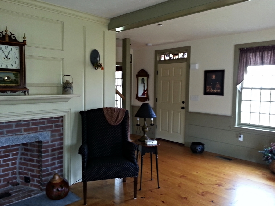 Classic Colonial Homes Interior Sitting Room