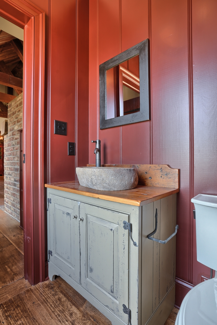 Classic Colonial Homes Interior Farmhouse Bathroom