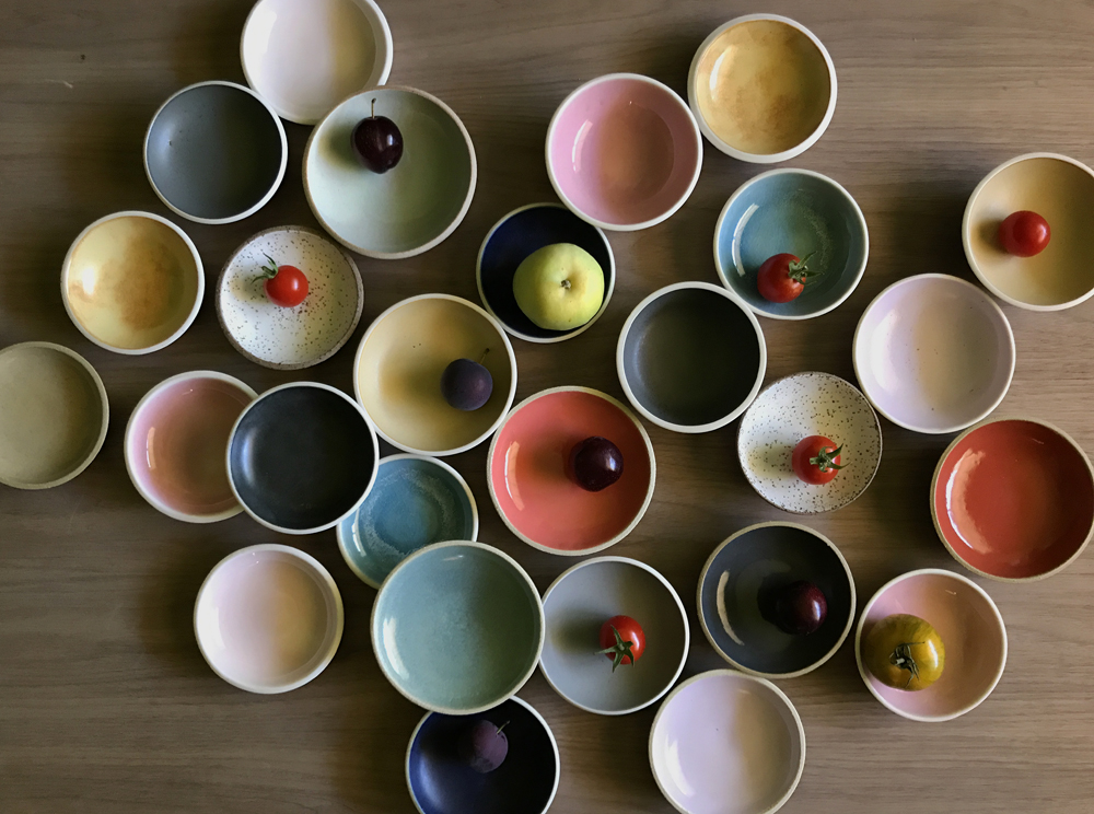 curved_smallbowls_colorful2.jpg