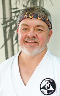 Steve M. Postlewait,  Renshi