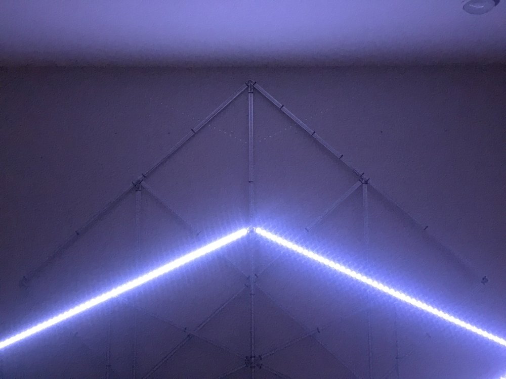 Light Artist