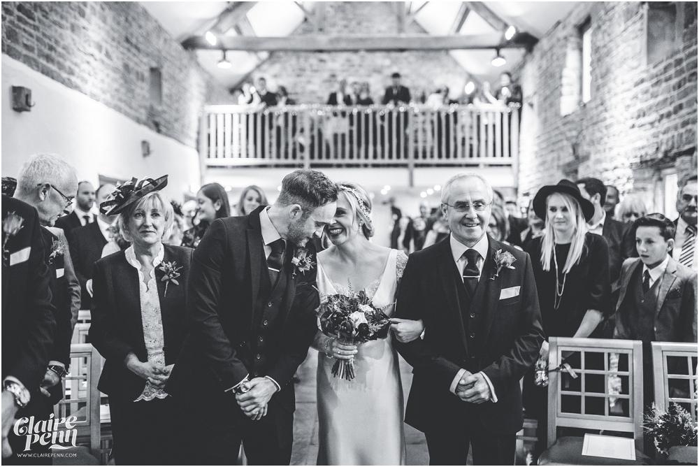 Barn wedding Staffordshire_0012.jpg